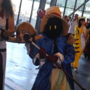 japan-expo-2013-cosplay-final-fantasy-mage-noir