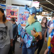 japan-expo-2013-cosplay-league-of-legend-olaf