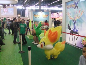 japan_expo_comic_con_2013_stand_nintendo_pokemon01