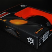 souris-steelseries-raw-heat-orange-boite-02
