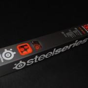 tapis-steelseries-qck-heat-orange-boite-01