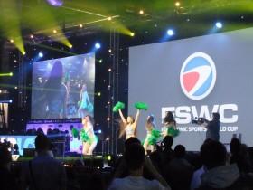 PGW_2013_lancement_ESWC_et_cheerleaders