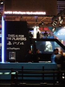PGW_2013_stand_sony_ps4_01
