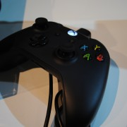 pgw2013_stand_xbox_one_manette