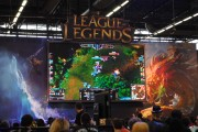 japan_expo_2015_stand_league_of_legend_riot_games_cosplay (10)