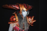 japan_expo_2015_stand_league_of_legend_riot_games_cosplay_shyvana