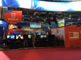 PGW_2014_stand_playstation_driveclub