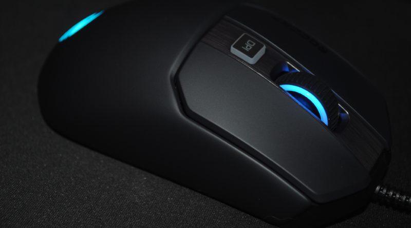 Test : La souris Kain 120 AIMO est-elle vraiment le «chef-d'œuvre» annoncé par ROCCAT ?